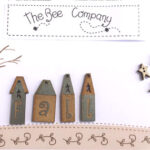 The Bee Company Buttons- Fall